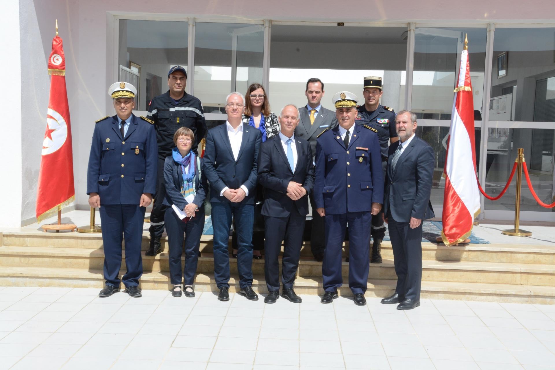 زيارة كاتب الدولة بوزارة الداخلية النمساوية إلى المدرسة الوطنية للحماية المدنية