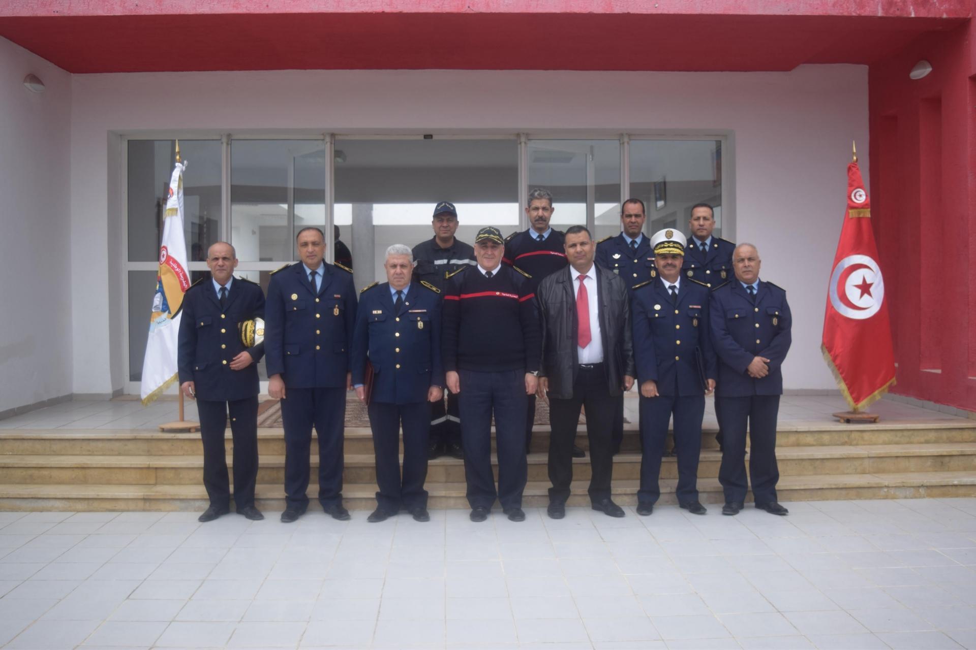 زيارة المدير العام لخلية الحوكمة الرشيدة بوزارة الداخلية إلى المدرسة الوطنية للحماية المدنية